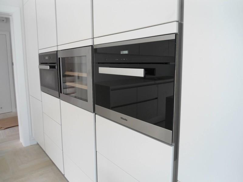 Kastenwand Keuken Showroom : Keuken op maat DAN K?chen Studio Nederland
