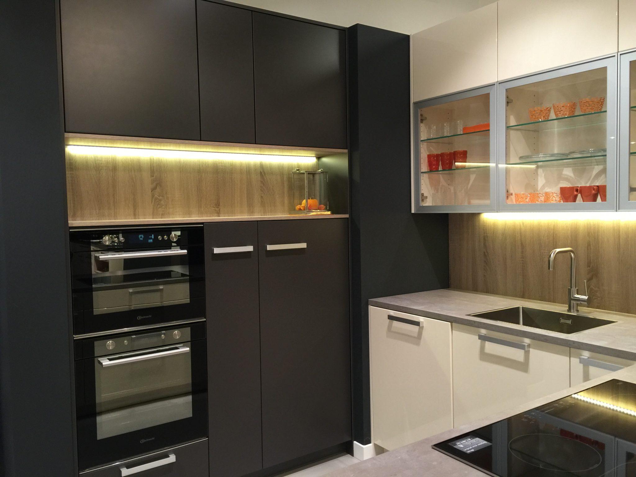 Grijze keuken van Dan Küchen